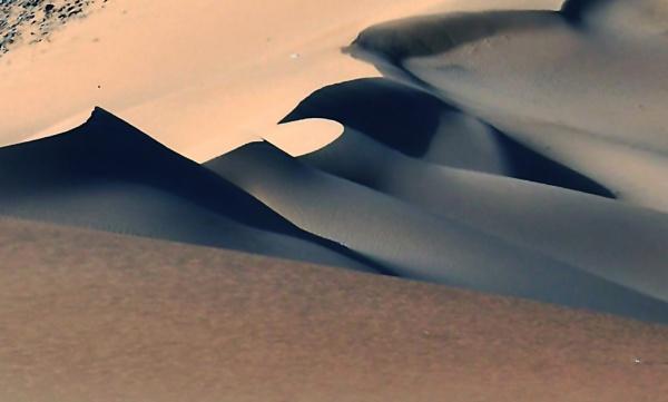 Sand Dunes by Savvas511