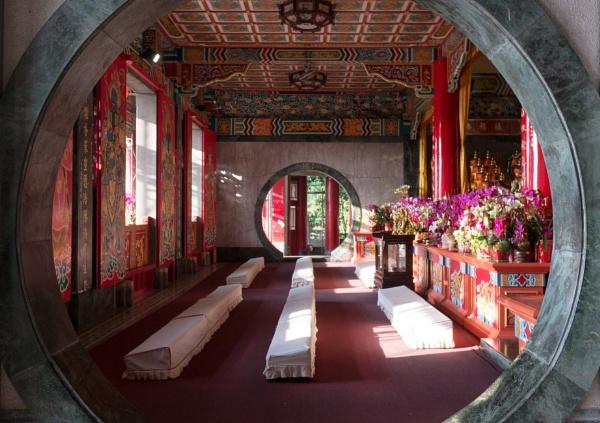 Chih Nan temple by tom_earwaker