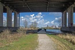 Under the bridge (2)