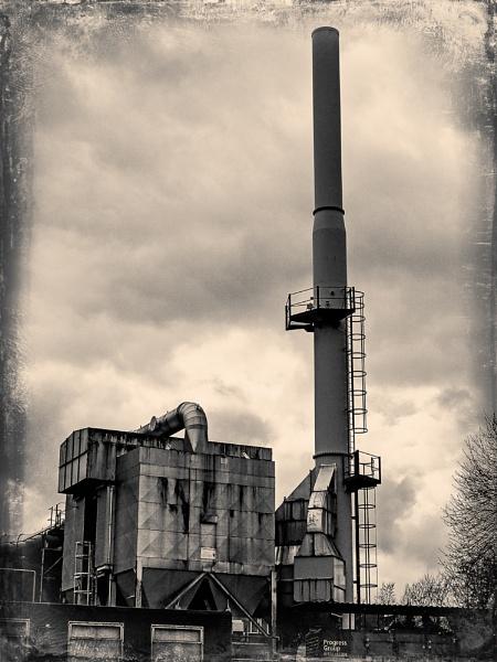Dartington Crystal Factory by AnnCourtney