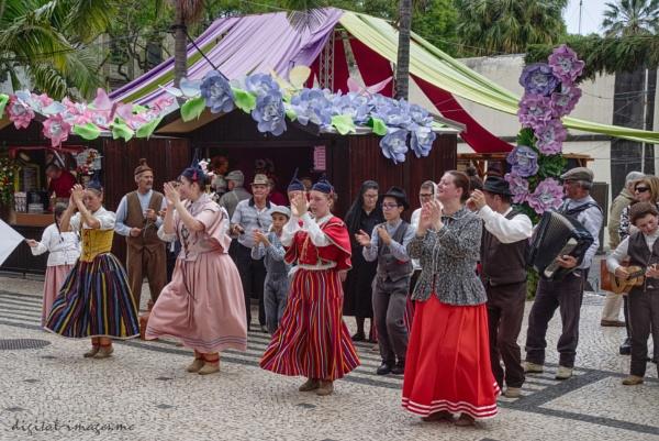 Funchal Folk Dancers by Alan_Baseley