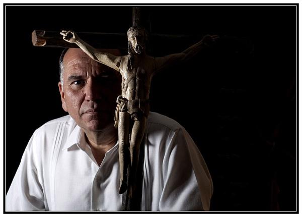 ANDRES CHAVEZ UN VENDEDOR DE ARTE CON POSADA. by GBauer