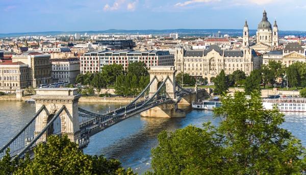 Budapest by Azteca