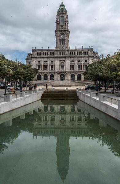 Camara Municipal Porto by jacomes