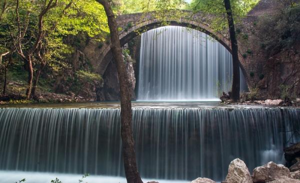 Paleokaria waterfalls by Photoseeker