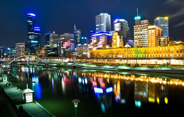 Melbourne Night Time by babyphotographer