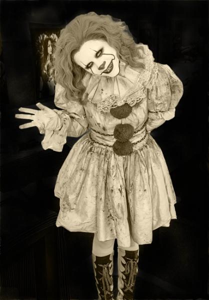 IT\'s a Clown by brianjoyce