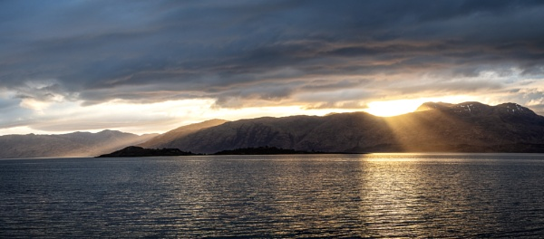 Loch Linnhe light rays by Sue_R