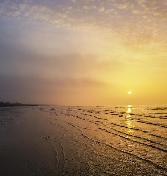 Golden sunrise by dawnstorr