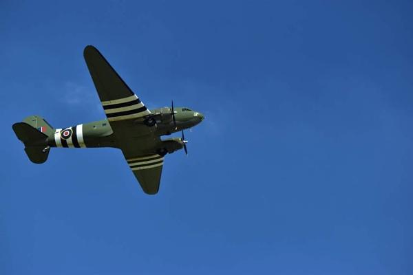 Warplane by huskybabe