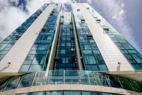 Multi-storey by Alan_Baseley