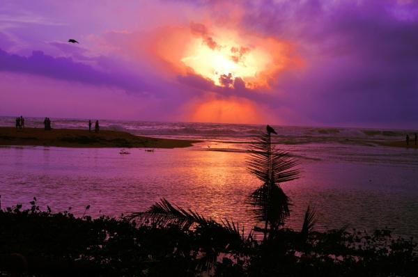 Sunset @ Shankumugham Beach, Thiruvananthapuram district of Kerala, India by aliathik
