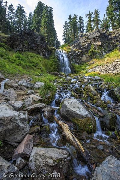Plaikni Falls by JGCurry
