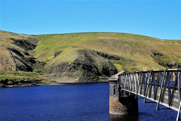 Gorpley Reservoir by markjnorris