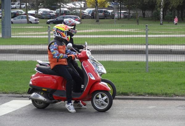 Couple on four wheels by SauliusR
