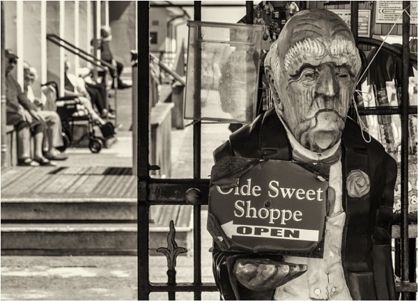 Olde Sweet Shoppe. by franken
