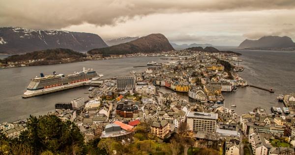 Bergen by esoxlucius