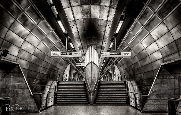 London Tube by Pete2453