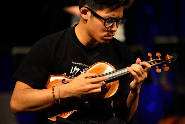 Jonathan Chan - violinist by DouglasMorley