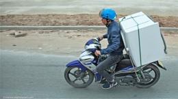 Washing machine delivery in Hue, Vietnam