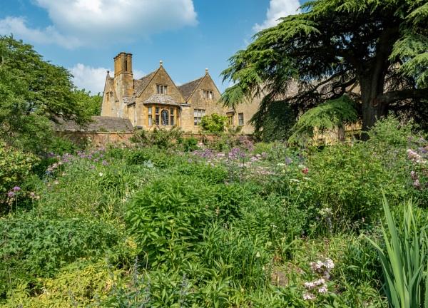 Hidcote Gardens by richard44