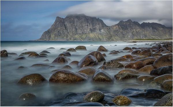 Utkleiv Beach, Lofoten by Leedslass1