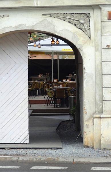 Cozy courtyard by SauliusR