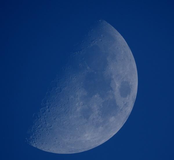 Moon 2 by Kako