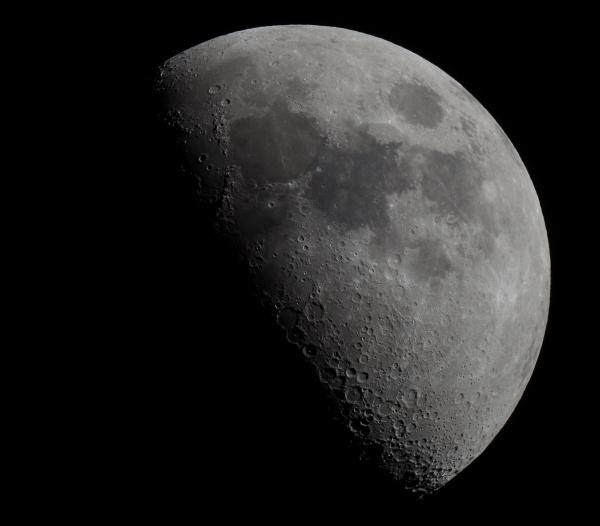 Moon 8 by Kako