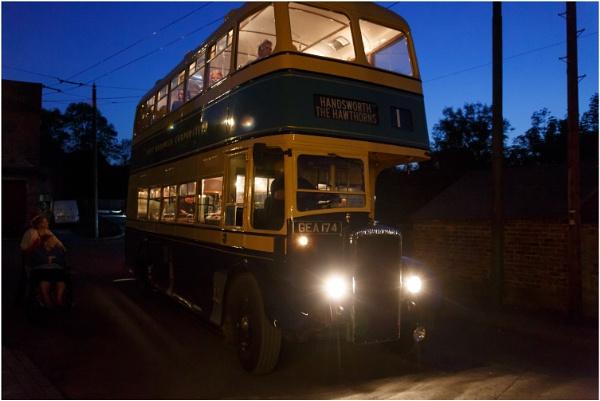 Night Bus by dark_lord