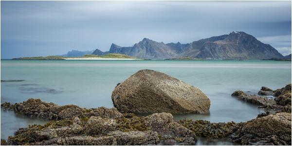 Sandbotnen Bay, Lofoten by Leedslass1
