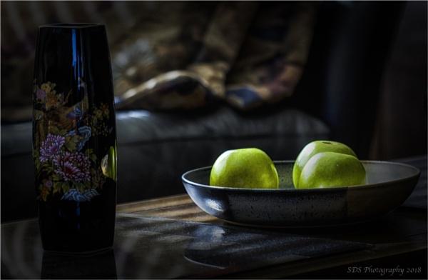 Three Apples by Daisymaye