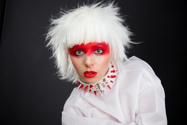 Aurora Grace by bobbyl