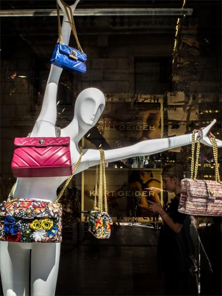 Handbags but no gladrags,