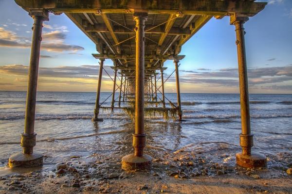Saltburn Pier by stevenb