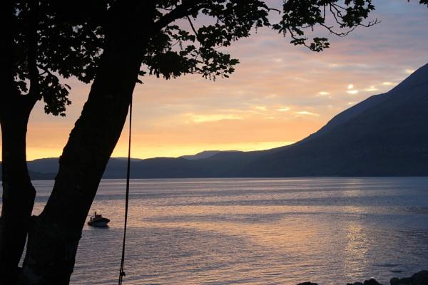 Loch Scavaig sunset by ScottishHaggis