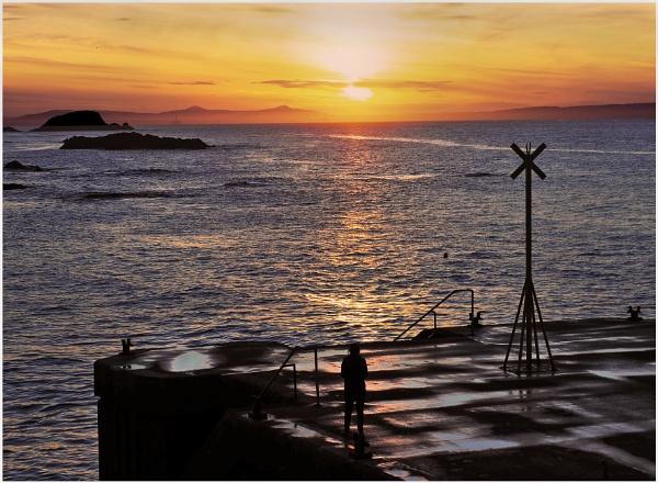 Old Pier Sunset, North Berwick by mac