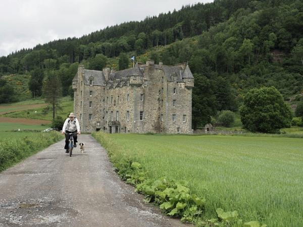 Menzies Castle Scotland by caj26