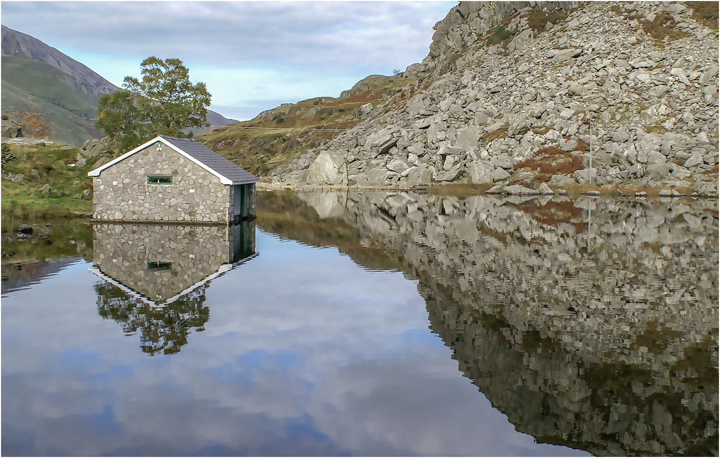 Boat House at Lynn Ogwen, N.Wales