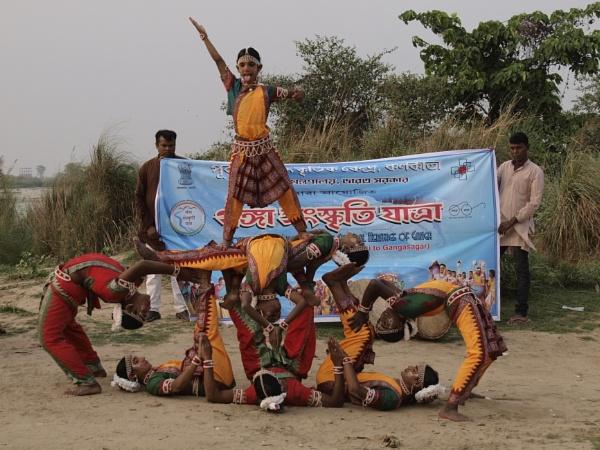Chau Dancers by prabhusinha