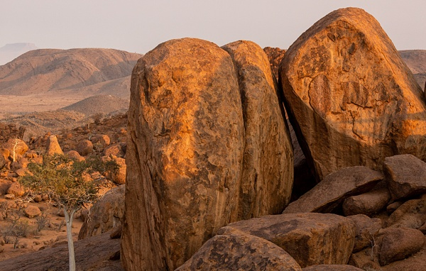Sunlit Damaraland by rontear
