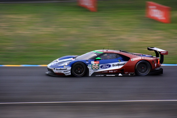 Ford GT by johnsimmons