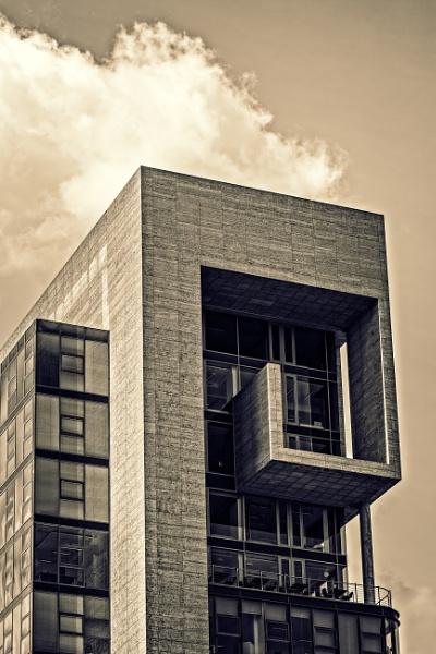 Building by rninov