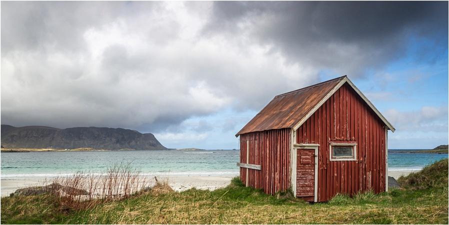 Red Hut Ramberg Beach