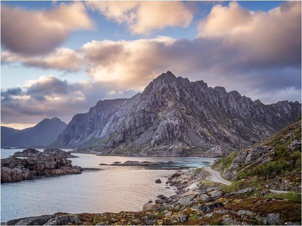 Nordfjellet, Lofoten Islands by Leedslass1