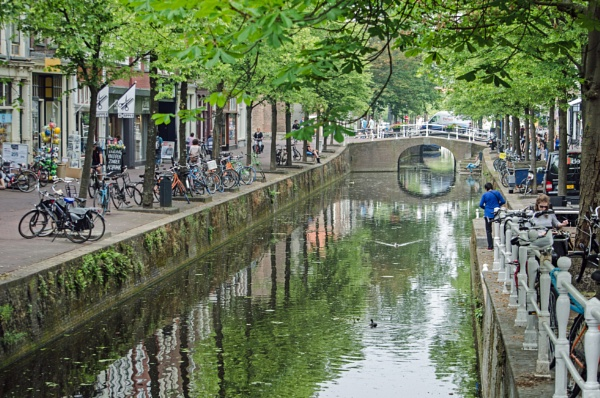 Along the Canals of Delft by joop_