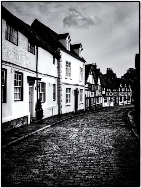 A Street In Warwick. by mickmarra