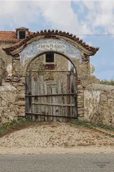 Tres Marias - Azenhas do Mar, Portugal by canoncarol