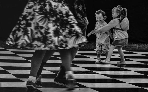 Dancers by judidicks