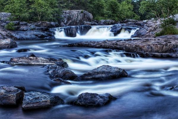 Big Falls by Sparprts
